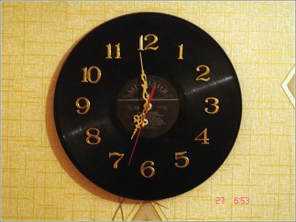 Часы из пластинки своими руками